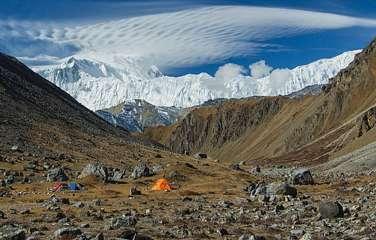 Chulu East Peak Climbing